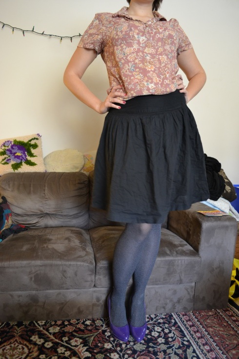 skirt, floral, tights, heels, red lips, bold brows