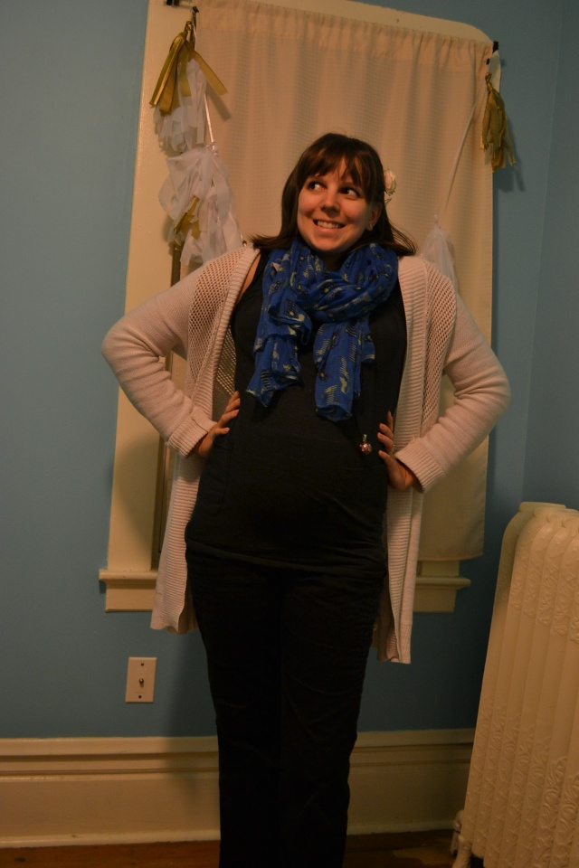 styling maternity pants