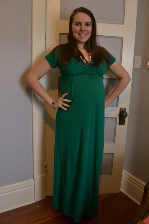 25 weeks, maternity style, baby bump,